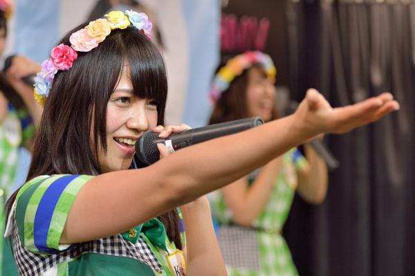 2015年6月13日 HMV三宮のリニューアル記念インストアライブ