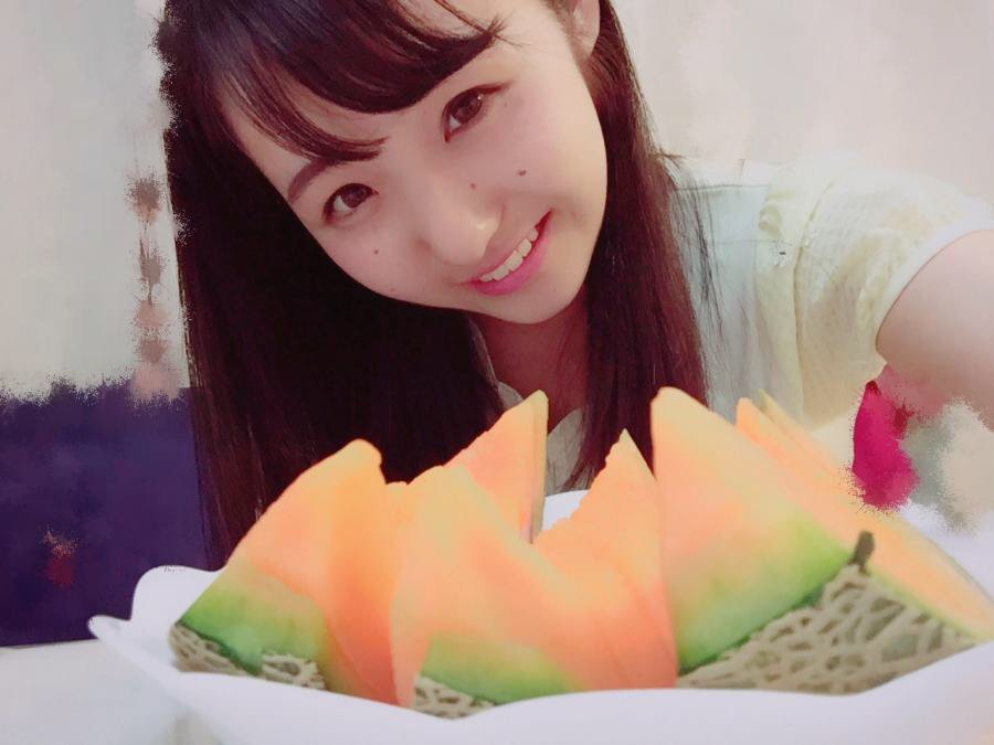 KOBerrieS 今日もこのメロン全部ぺろんって食べちゃう😋😋🍈 https://t.co/FCN8ei1QSL  #CHEERZ https://t.co/mcXZbirmcW