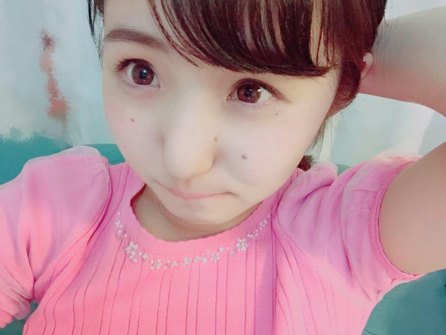 KOBerrieS 何歳に見えますか?😶😶 https://t.co/kPFuMpkghe  #CHEERZ https://t.co/GdDkFfdbFM