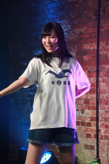 神戸煉瓦倉庫K-wave SSS Live vol.2 KOBerrieS♪まぁちゃん! #KOBerrieS #黒谷真琴 #SSS #K_wave https://t.co/HShf9scCaz