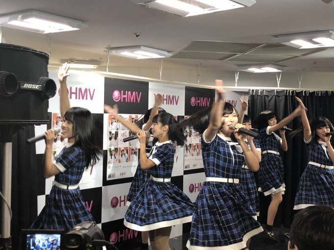 KOBerrieS♪ライブスタート! #HMV三宮VIVRE店 https://t.co/4qdsKE7j4V