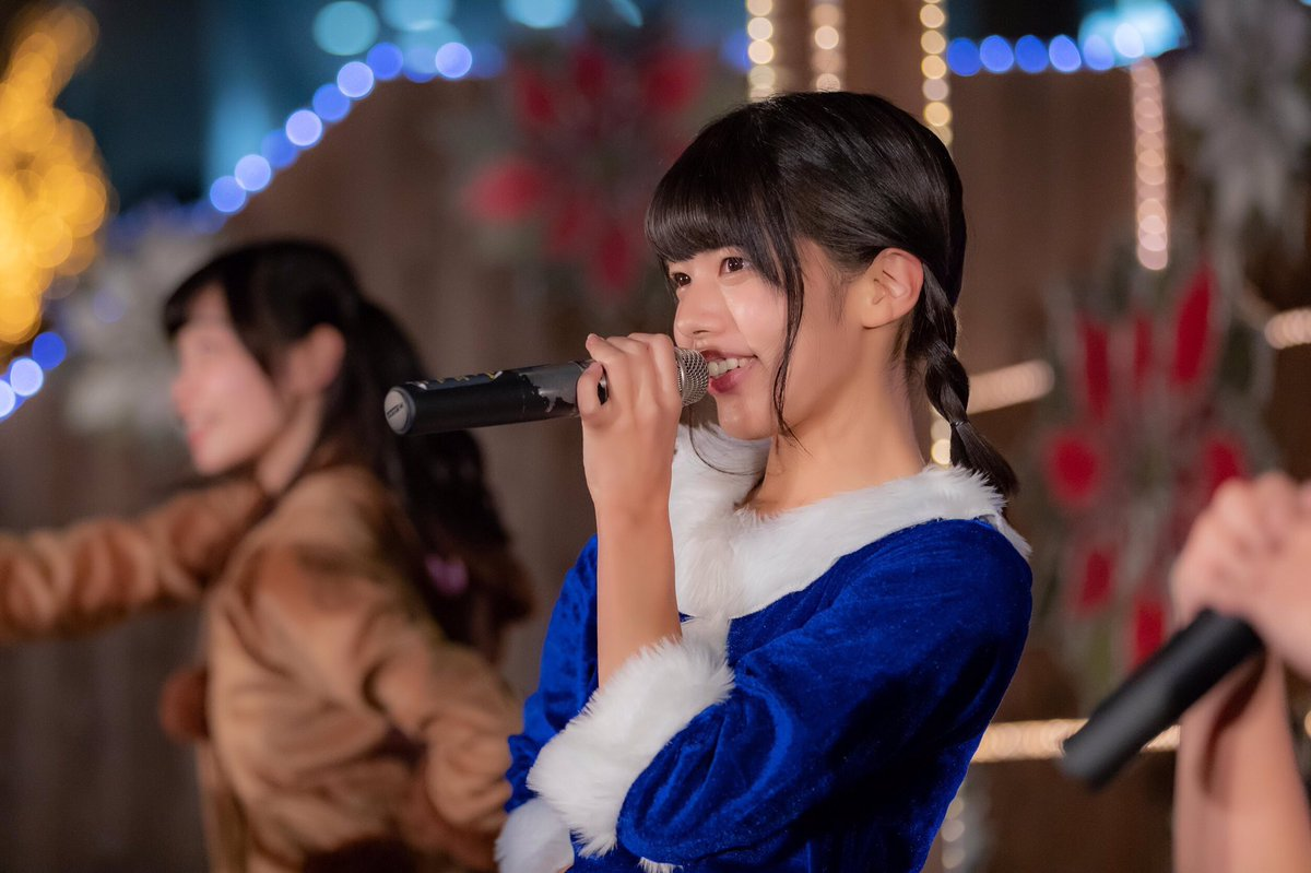 KOBerrieS 『ドイツ・クリスマスマーケット2018』@新梅田シティー・ワンダースクェア。岡野春香 ソロショット#KOBerrieS https://t.co/3WATAzY50l