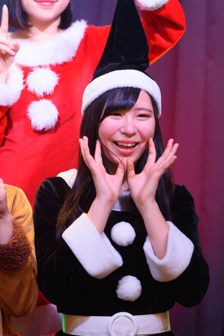 「Sea Side Season Live ファイナル クリスマスSP Live」 まぁちゃん(@makot0_kob) #KOBerrieS  2018.12.22 神戸煉瓦倉庫 K-wave https://t.co/loEujQPS5T